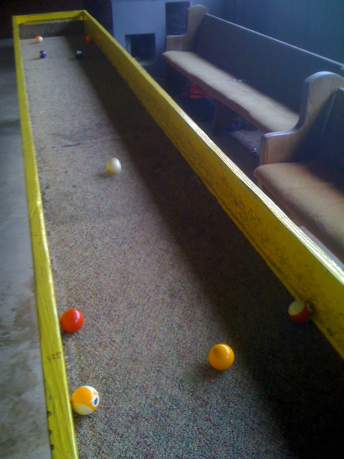 set up - Carpet Ball Table